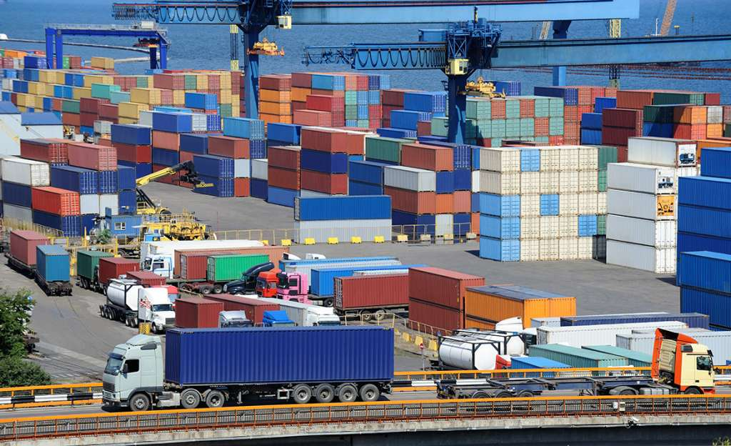 Transitarios, agentes de aduanas y operador logístico en España