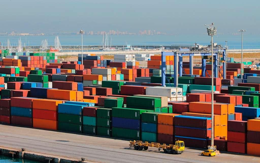 Cómo importar a España - guía rápida de importaciones