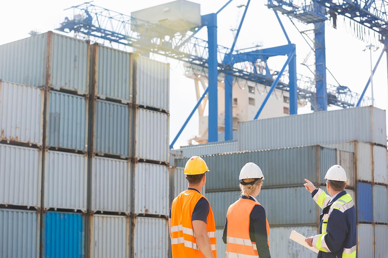 Cómo puede afectar una inspección al precio final del transporte marítimo